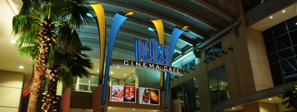 Photo_of_Plaza_Cinema_Cafe