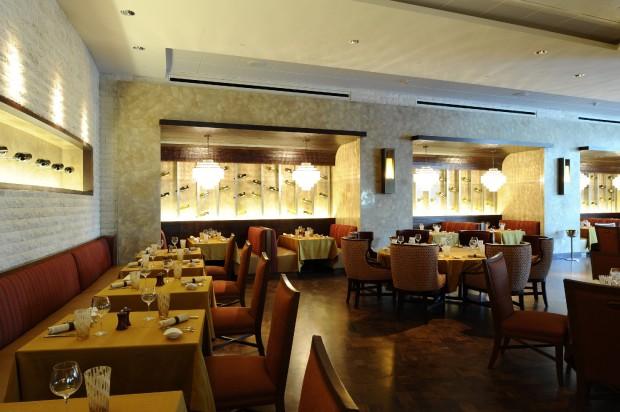 MCORO_P026_Napa_Restaurant_66231_med