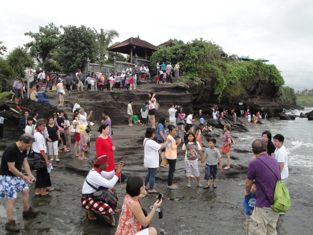 The Crowds at Tanah Lot Temple