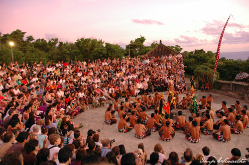 kecak-dance-in-uluwatu-1