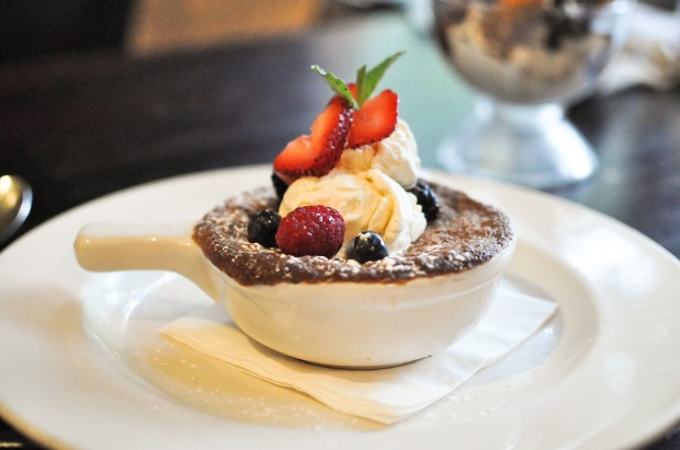 Dessert - Fruit Crisp - Photo by Krystle Nguyen