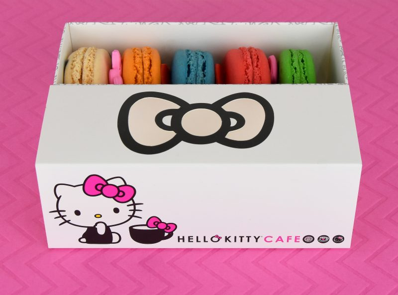hello-kitty-cafe-truck-macarons