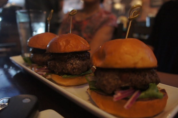 "BACON JAM SLIDERS - american ""kobe""