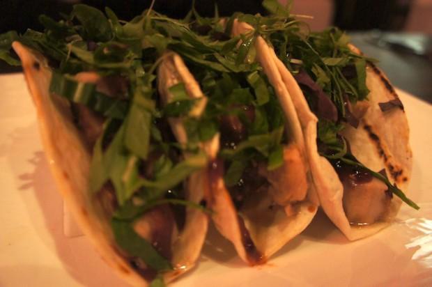 Kurobuta tacos