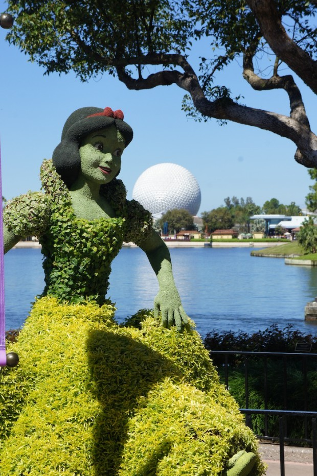 Snow White at the Epcot Flower and Garden Festival 2014
