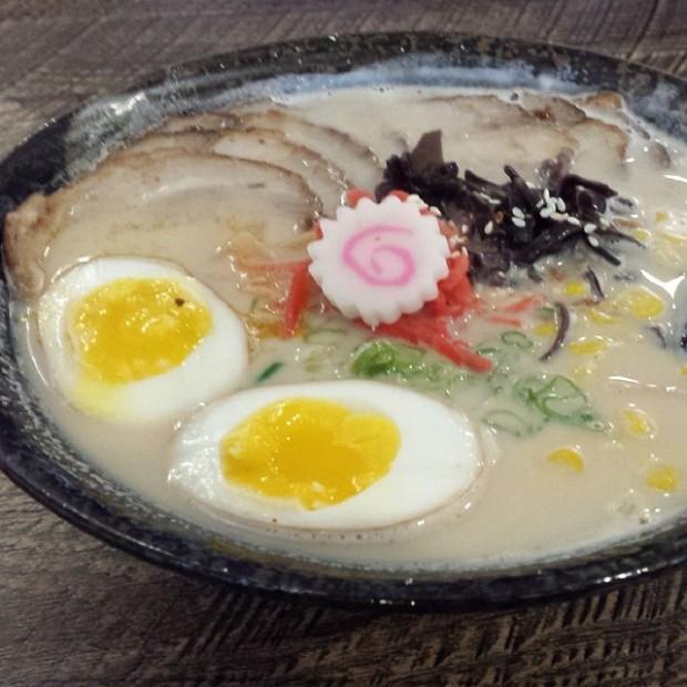 @dkhuang Sapporo Ramen tonkotsu ramen with extra pork, egg, and corn add ins. @tastychomps #orlandoeats #ramen