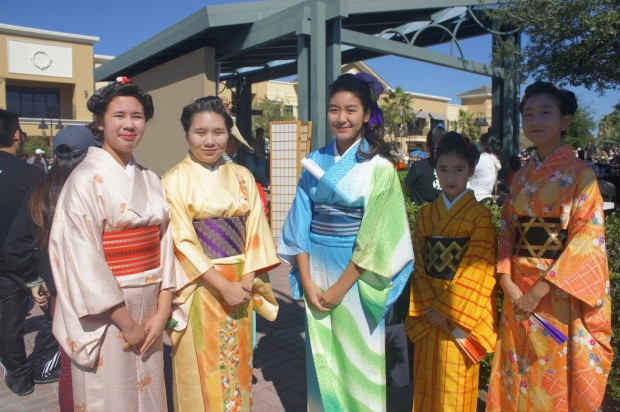 Young Japanese girls in Kimono